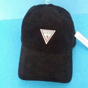 BRAND NEW GUESS ACTIVE HAT
